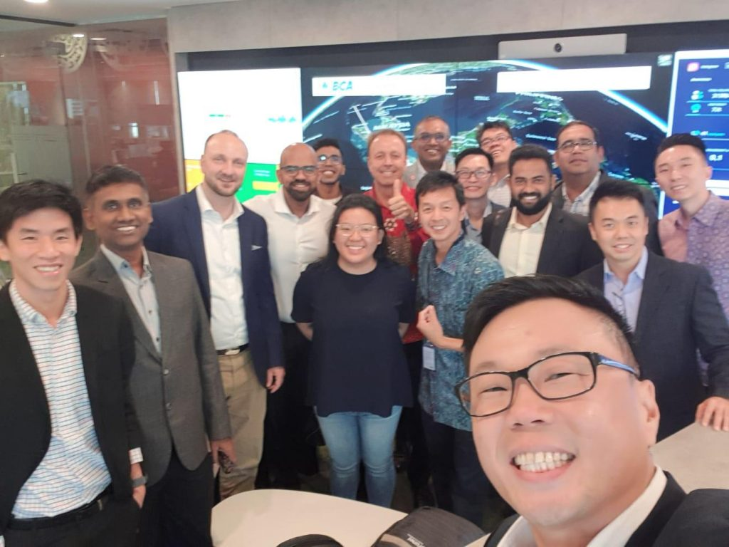 Dr. Andrew Ang, COO of AIDA Technologies, in Singapore with Kiren Kumar, head of the Singapore Digital Industry Office - AiDA Technologies