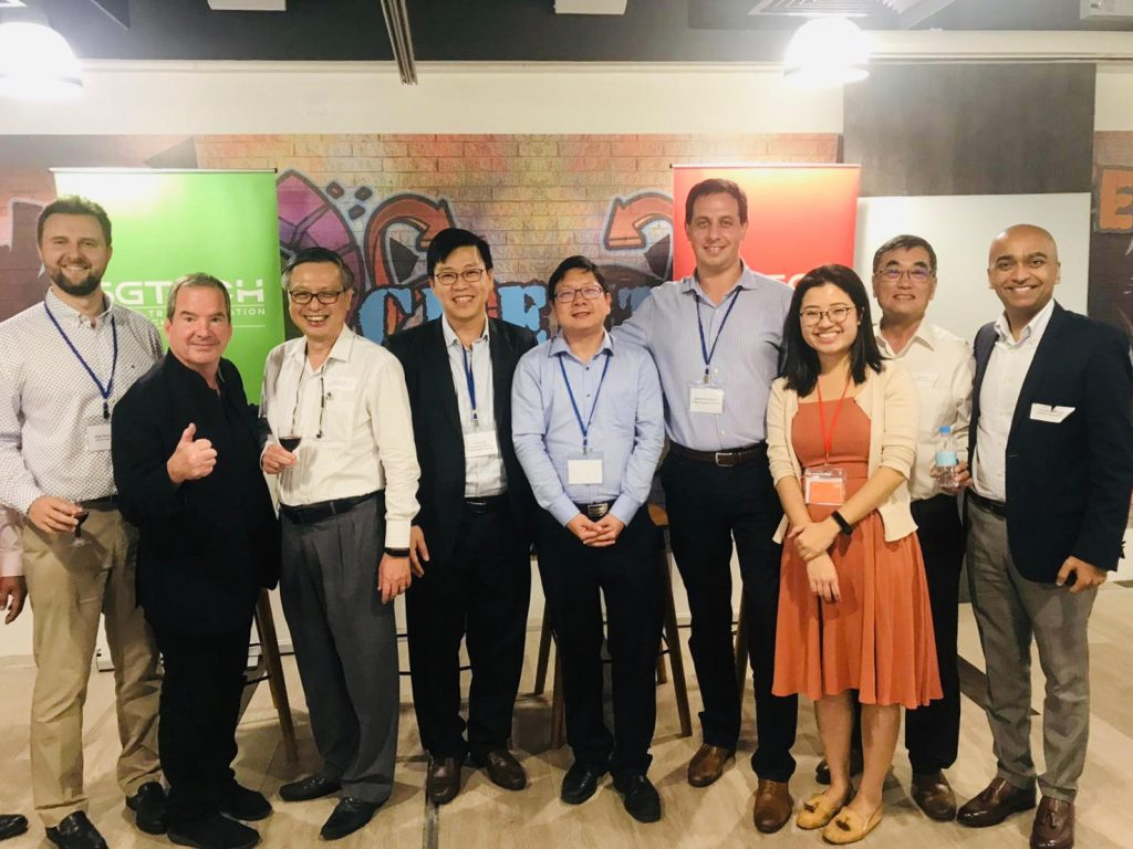 AIDA Technologies CEO, Dr. Geok Leng Tan (third, left), attended SGTech's Digital Transformation Chapters' info-series event on AI in Business - AiDA Technologies
