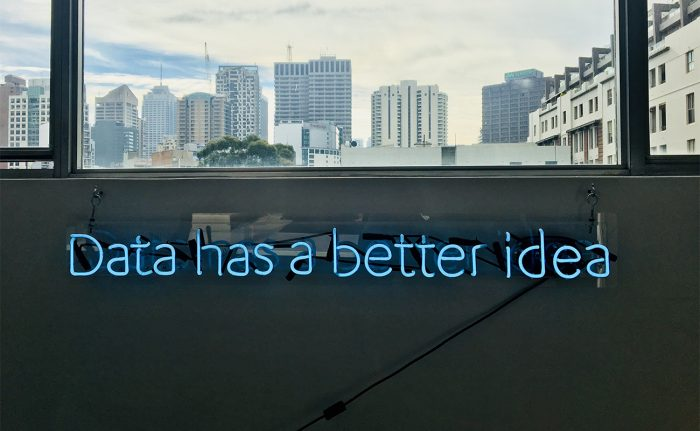 Data has a better idea signage - AiDA Technologies