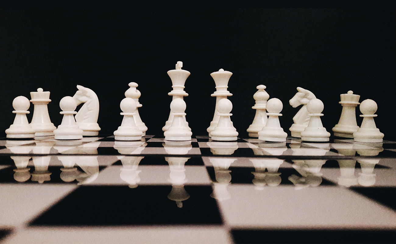 White chess pieces - AiDA Technologies